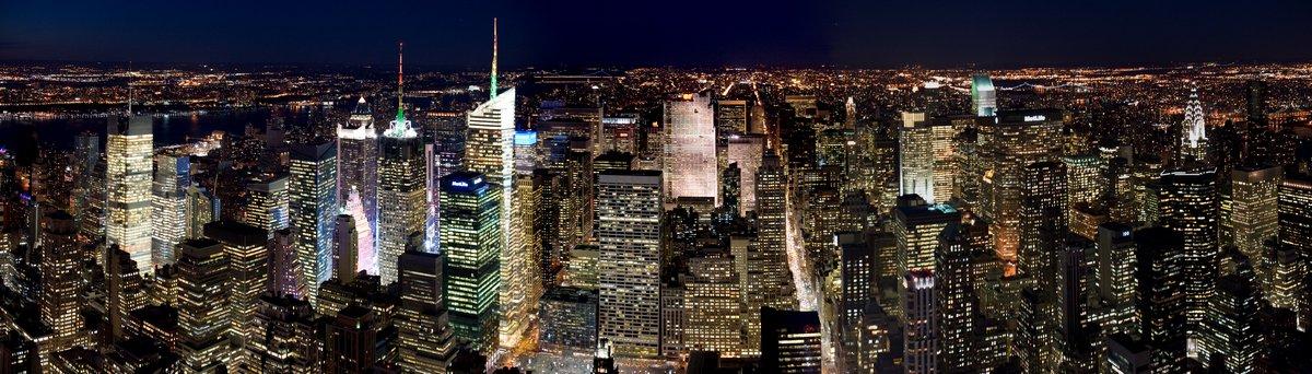 Постер Города и карты Manhattan ночью, 70x20 см, на бумагеНью-Йорк<br>Постер на холсте или бумаге. Любого нужного вам размера. В раме или без. Подвес в комплекте. Трехслойная надежная упаковка. Доставим в любую точку России. Вам осталось только повесить картину на стену!<br>