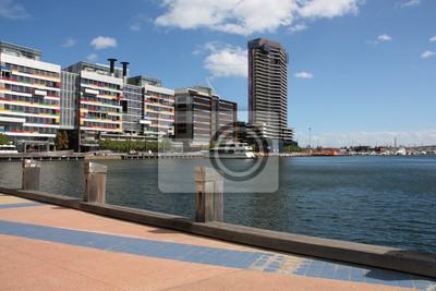 Постер Мельбурн Мельбурн - DocklandsМельбурн<br>Постер на холсте или бумаге. Любого нужного вам размера. В раме или без. Подвес в комплекте. Трехслойная надежная упаковка. Доставим в любую точку России. Вам осталось только повесить картину на стену!<br>