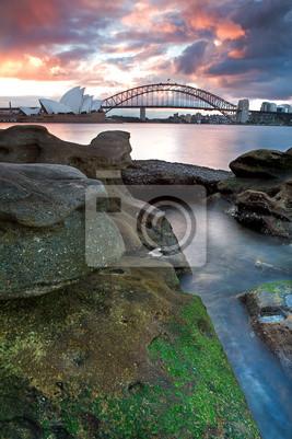 Постер Сидней Sydney Opera House и harbour bridgeСидней<br>Постер на холсте или бумаге. Любого нужного вам размера. В раме или без. Подвес в комплекте. Трехслойная надежная упаковка. Доставим в любую точку России. Вам осталось только повесить картину на стену!<br>