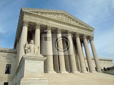 Постер Города и карты Верховный Суд США в Вашингтоне, округ Колумбия, 27x20 см, на бумагеВашингтон<br>Постер на холсте или бумаге. Любого нужного вам размера. В раме или без. Подвес в комплекте. Трехслойная надежная упаковка. Доставим в любую точку России. Вам осталось только повесить картину на стену!<br>