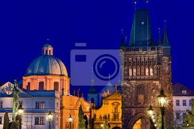 Постер Чехия Прага skyline ночьюЧехия<br>Постер на холсте или бумаге. Любого нужного вам размера. В раме или без. Подвес в комплекте. Трехслойная надежная упаковка. Доставим в любую точку России. Вам осталось только повесить картину на стену!<br>