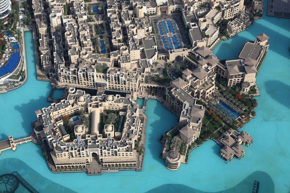 Постер Дубай Вид с воздуха Downtown Dubai, Объединенные Арабские ЭмиратыДубай<br>Постер на холсте или бумаге. Любого нужного вам размера. В раме или без. Подвес в комплекте. Трехслойная надежная упаковка. Доставим в любую точку России. Вам осталось только повесить картину на стену!<br>