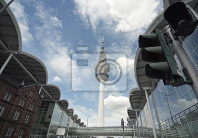 Постер Гамбург Панорамный Вид на Гамбург телевизионная Башня и Здание ЭкспоГамбург<br>Постер на холсте или бумаге. Любого нужного вам размера. В раме или без. Подвес в комплекте. Трехслойная надежная упаковка. Доставим в любую точку России. Вам осталось только повесить картину на стену!<br>