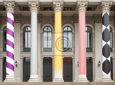Постер Мюнхен Национальный Театр в МюнхенеМюнхен<br>Постер на холсте или бумаге. Любого нужного вам размера. В раме или без. Подвес в комплекте. Трехслойная надежная упаковка. Доставим в любую точку России. Вам осталось только повесить картину на стену!<br>