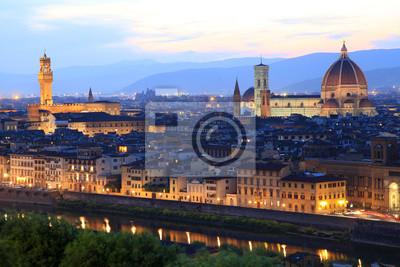 Постер Флоренция Флоренс ночью, Тоскана, ИталияФлоренция<br>Постер на холсте или бумаге. Любого нужного вам размера. В раме или без. Подвес в комплекте. Трехслойная надежная упаковка. Доставим в любую точку России. Вам осталось только повесить картину на стену!<br>