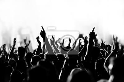 Постер Музыка Концерт толпа перед ярко-синий сценический светМузыка<br>Постер на холсте или бумаге. Любого нужного вам размера. В раме или без. Подвес в комплекте. Трехслойная надежная упаковка. Доставим в любую точку России. Вам осталось только повесить картину на стену!<br>