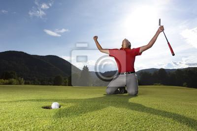Постер Гольф Счастливым игроком гольфа на нет.Гольф<br>Постер на холсте или бумаге. Любого нужного вам размера. В раме или без. Подвес в комплекте. Трехслойная надежная упаковка. Доставим в любую точку России. Вам осталось только повесить картину на стену!<br>