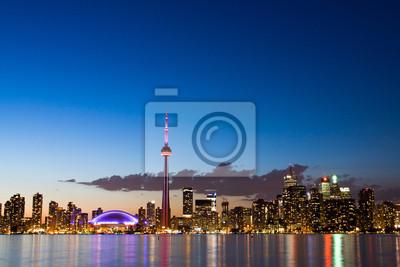 Постер Торонто Торонто НебоТоронто<br>Постер на холсте или бумаге. Любого нужного вам размера. В раме или без. Подвес в комплекте. Трехслойная надежная упаковка. Доставим в любую точку России. Вам осталось только повесить картину на стену!<br>