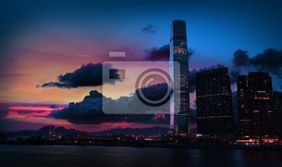 Постер Гонконг Красочный закат в Tsim Sha Tsui Kowloon Hong KongГонконг<br>Постер на холсте или бумаге. Любого нужного вам размера. В раме или без. Подвес в комплекте. Трехслойная надежная упаковка. Доставим в любую точку России. Вам осталось только повесить картину на стену!<br>