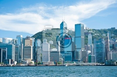 Постер Гонконг Вид на Гонконг с набережной через пролив ВикторияГонконг<br>Постер на холсте или бумаге. Любого нужного вам размера. В раме или без. Подвес в комплекте. Трехслойная надежная упаковка. Доставим в любую точку России. Вам осталось только повесить картину на стену!<br>