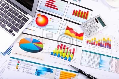 Графики, диаграммы, бизнес-таблице., 30x20 см, на бумагеБанк, финансовое учреждение<br>Постер на холсте или бумаге. Любого нужного вам размера. В раме или без. Подвес в комплекте. Трехслойная надежная упаковка. Доставим в любую точку России. Вам осталось только повесить картину на стену!<br>