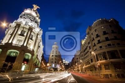 Улицы Гран Виа, Мадрид, Испания., 30x20 см, на бумагеМадрид<br>Постер на холсте или бумаге. Любого нужного вам размера. В раме или без. Подвес в комплекте. Трехслойная надежная упаковка. Доставим в любую точку России. Вам осталось только повесить картину на стену!<br>