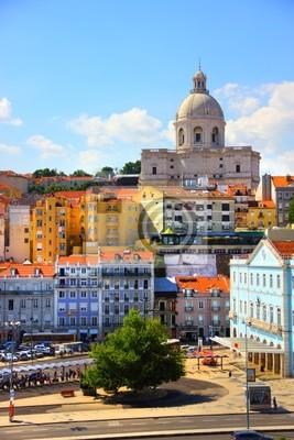 Постер Города и карты Красивый вид на Лиссабон старого города, Португалия, 20x30 см, на бумагеЛиссабон<br>Постер на холсте или бумаге. Любого нужного вам размера. В раме или без. Подвес в комплекте. Трехслойная надежная упаковка. Доставим в любую точку России. Вам осталось только повесить картину на стену!<br>