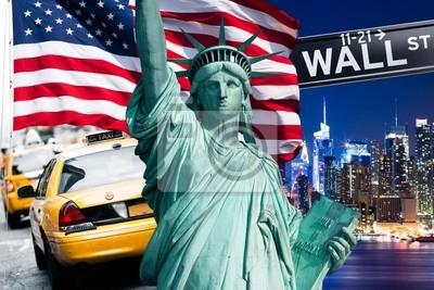 Постер Нью-ЙоркФлаг США<br>Постер на холсте или бумаге. Любого нужного вам размера. В раме или без. Подвес в комплекте. Трехслойная надежная упаковка. Доставим в любую точку России. Вам осталось только повесить картину на стену!<br>