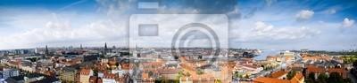 Постер Города и карты Панорамный Копенгагена, Дания. Облака небо, 85x20 см, на бумагеКопенгаген<br>Постер на холсте или бумаге. Любого нужного вам размера. В раме или без. Подвес в комплекте. Трехслойная надежная упаковка. Доставим в любую точку России. Вам осталось только повесить картину на стену!<br>