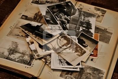 Старые фотографии, 30x20 см, на бумаге10.22 Праздник белых журавлей<br>Постер на холсте или бумаге. Любого нужного вам размера. В раме или без. Подвес в комплекте. Трехслойная надежная упаковка. Доставим в любую точку России. Вам осталось только повесить картину на стену!<br>