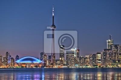 Постер Канада Торонто ночь skyline CN Tower центре города небоскребы, закат CanadКанада<br>Постер на холсте или бумаге. Любого нужного вам размера. В раме или без. Подвес в комплекте. Трехслойная надежная упаковка. Доставим в любую точку России. Вам осталось только повесить картину на стену!<br>