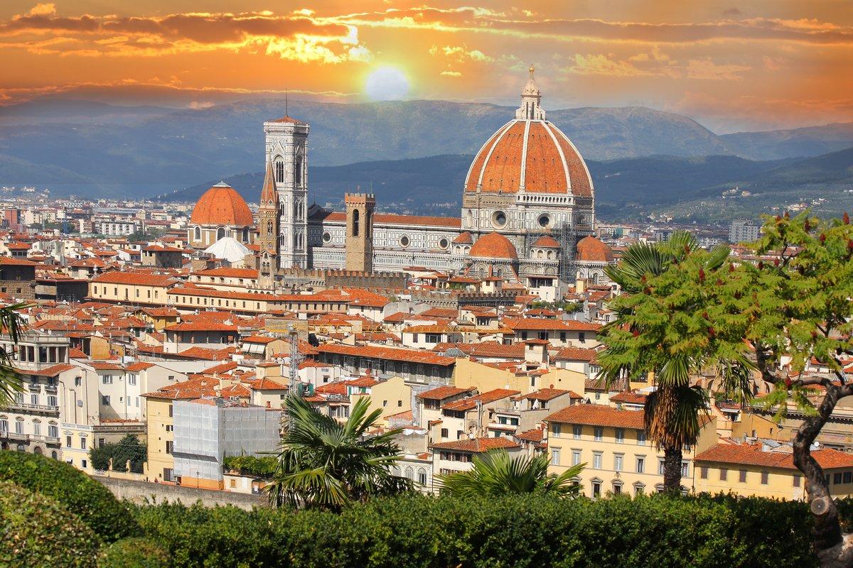 Постер Тоскана Флоренция в весеннее время, Тоскана, ИталияТоскана<br>Постер на холсте или бумаге. Любого нужного вам размера. В раме или без. Подвес в комплекте. Трехслойная надежная упаковка. Доставим в любую точку России. Вам осталось только повесить картину на стену!<br>