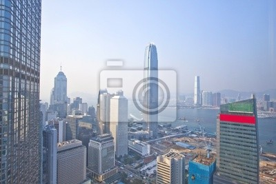 Постер Гонконг Гонконг и офисных зданийГонконг<br>Постер на холсте или бумаге. Любого нужного вам размера. В раме или без. Подвес в комплекте. Трехслойная надежная упаковка. Доставим в любую точку России. Вам осталось только повесить картину на стену!<br>