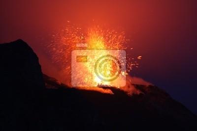 Постер Вулканы Вулкана Этна на СицилииВулканы<br>Постер на холсте или бумаге. Любого нужного вам размера. В раме или без. Подвес в комплекте. Трехслойная надежная упаковка. Доставим в любую точку России. Вам осталось только повесить картину на стену!<br>