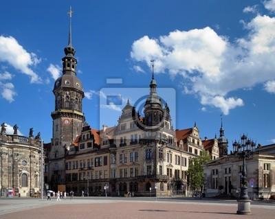 Постер Дрезден Dresdner Фрауенкирхе (Dresden Castle), ГерманияДрезден<br>Постер на холсте или бумаге. Любого нужного вам размера. В раме или без. Подвес в комплекте. Трехслойная надежная упаковка. Доставим в любую точку России. Вам осталось только повесить картину на стену!<br>