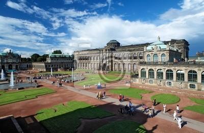 Этот дворец Цвингер в Дрездене, Германия, 31x20 см, на бумагеДрезден<br>Постер на холсте или бумаге. Любого нужного вам размера. В раме или без. Подвес в комплекте. Трехслойная надежная упаковка. Доставим в любую точку России. Вам осталось только повесить картину на стену!<br>