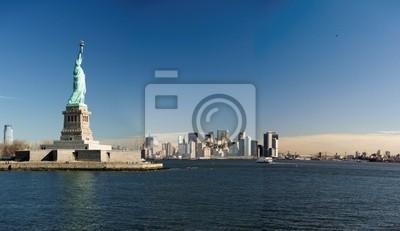 Постер Нью-Йорк Нью-Йоркских НебоскребовНью-Йорк<br>Постер на холсте или бумаге. Любого нужного вам размера. В раме или без. Подвес в комплекте. Трехслойная надежная упаковка. Доставим в любую точку России. Вам осталось только повесить картину на стену!<br>