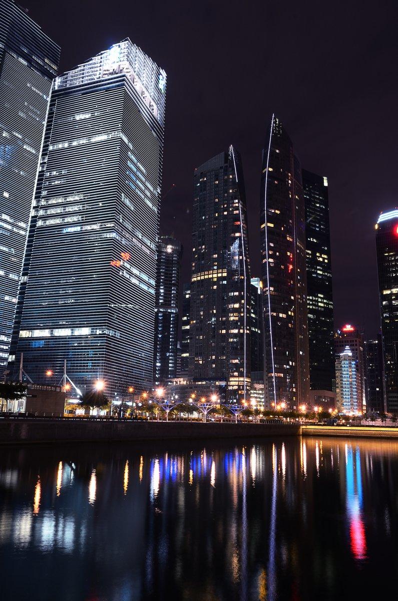 Постер Сингапур CBD СингапурСингапур<br>Постер на холсте или бумаге. Любого нужного вам размера. В раме или без. Подвес в комплекте. Трехслойная надежная упаковка. Доставим в любую точку России. Вам осталось только повесить картину на стену!<br>