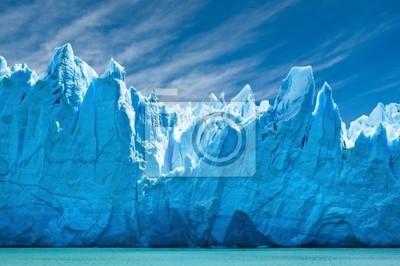 Постер Аргентина Перито Морено ледник, Патагония, Аргентина.Аргентина<br>Постер на холсте или бумаге. Любого нужного вам размера. В раме или без. Подвес в комплекте. Трехслойная надежная упаковка. Доставим в любую точку России. Вам осталось только повесить картину на стену!<br>