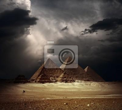 Постер Архитектура Постер 37455203, 22x20 см, на бумагеЕгипетские пирамиды<br>Постер на холсте или бумаге. Любого нужного вам размера. В раме или без. Подвес в комплекте. Трехслойная надежная упаковка. Доставим в любую точку России. Вам осталось только повесить картину на стену!<br>