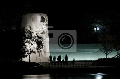Постер США Мартин Лютер Кинг-Мл. Мемориал в Вашингтоне, округ Колумбия, СШАСША<br>Постер на холсте или бумаге. Любого нужного вам размера. В раме или без. Подвес в комплекте. Трехслойная надежная упаковка. Доставим в любую точку России. Вам осталось только повесить картину на стену!<br>