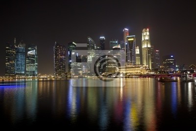 Постер Города и карты В Сингапуре skyline в ночь с на залив, 30x20 см, на бумагеСингапур<br>Постер на холсте или бумаге. Любого нужного вам размера. В раме или без. Подвес в комплекте. Трехслойная надежная упаковка. Доставим в любую точку России. Вам осталось только повесить картину на стену!<br>