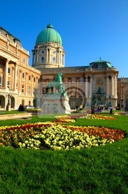 Постер Будапешт Замок Буда в Будапеште, ВенгрияБудапешт<br>Постер на холсте или бумаге. Любого нужного вам размера. В раме или без. Подвес в комплекте. Трехслойная надежная упаковка. Доставим в любую точку России. Вам осталось только повесить картину на стену!<br>