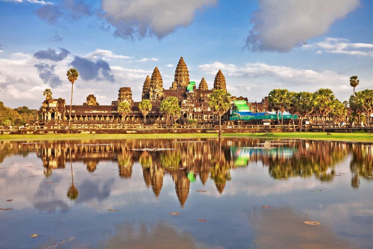 Постер Камбоджа Храм Ангкор-ВАТКамбоджа<br>Постер на холсте или бумаге. Любого нужного вам размера. В раме или без. Подвес в комплекте. Трехслойная надежная упаковка. Доставим в любую точку России. Вам осталось только повесить картину на стену!<br>