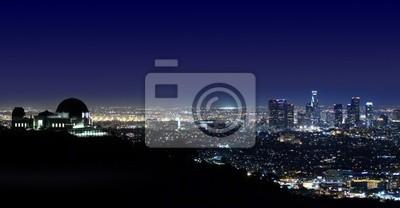 Постер Лос-Анджелес Лос-Анджелес Выше Greek Theatre В Лос-Анджелесе, Штат КалифорнияЛос-Анджелес<br>Постер на холсте или бумаге. Любого нужного вам размера. В раме или без. Подвес в комплекте. Трехслойная надежная упаковка. Доставим в любую точку России. Вам осталось только повесить картину на стену!<br>