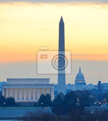 Постер Вашингтон Вашингтон - Памятников и Капитолий в ночьВашингтон<br>Постер на холсте или бумаге. Любого нужного вам размера. В раме или без. Подвес в комплекте. Трехслойная надежная упаковка. Доставим в любую точку России. Вам осталось только повесить картину на стену!<br>