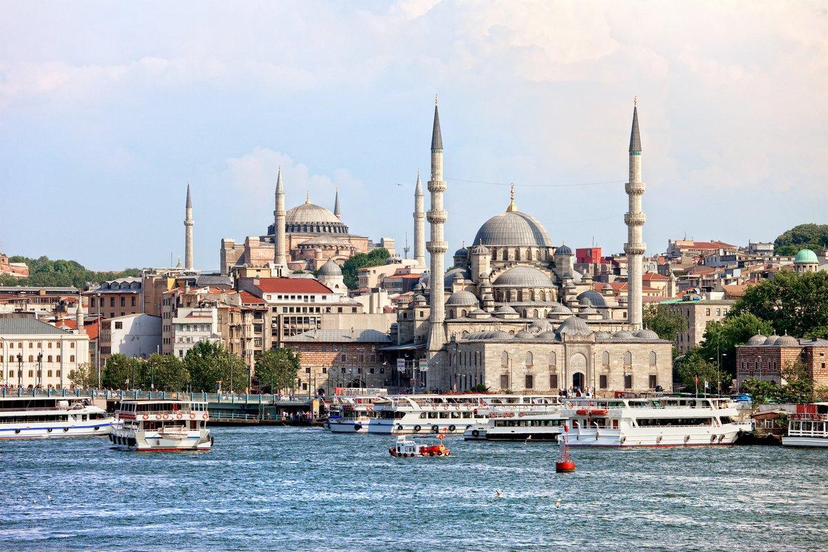 Постер Стамбул Город СтамбулСтамбул<br>Постер на холсте или бумаге. Любого нужного вам размера. В раме или без. Подвес в комплекте. Трехслойная надежная упаковка. Доставим в любую точку России. Вам осталось только повесить картину на стену!<br>