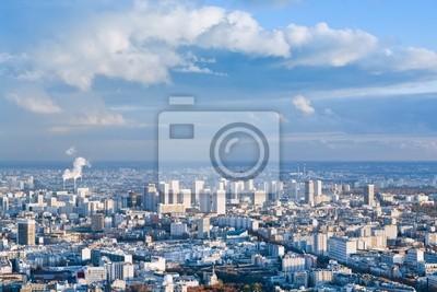 Постер Франция Большой город под высоким голубым небомФранция<br>Постер на холсте или бумаге. Любого нужного вам размера. В раме или без. Подвес в комплекте. Трехслойная надежная упаковка. Доставим в любую точку России. Вам осталось только повесить картину на стену!<br>