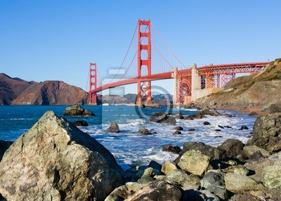 Постер Сан-Франциско Мост золотые Ворота в Сан-Франциско в Солнечный деньСан-Франциско<br>Постер на холсте или бумаге. Любого нужного вам размера. В раме или без. Подвес в комплекте. Трехслойная надежная упаковка. Доставим в любую точку России. Вам осталось только повесить картину на стену!<br>
