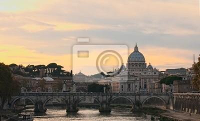 Постер Ватикан Вид на базилику Святого ПетраВатикан<br>Постер на холсте или бумаге. Любого нужного вам размера. В раме или без. Подвес в комплекте. Трехслойная надежная упаковка. Доставим в любую точку России. Вам осталось только повесить картину на стену!<br>