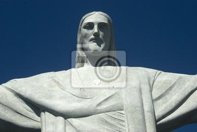 Постер Рио-де-Жанейро Статуя Христа в Рио-де-Жанейро, БразилияРио-де-Жанейро<br>Постер на холсте или бумаге. Любого нужного вам размера. В раме или без. Подвес в комплекте. Трехслойная надежная упаковка. Доставим в любую точку России. Вам осталось только повесить картину на стену!<br>