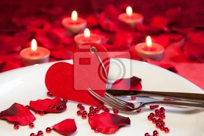 Ужин при свечах, 30x20 см, на бумаге02.14 День Святого Валентина (День всех влюбленных)<br>Постер на холсте или бумаге. Любого нужного вам размера. В раме или без. Подвес в комплекте. Трехслойная надежная упаковка. Доставим в любую точку России. Вам осталось только повесить картину на стену!<br>