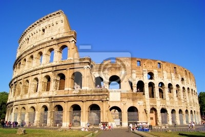 Постер Италия Легендарный древний Колизей, РимИталия<br>Постер на холсте или бумаге. Любого нужного вам размера. В раме или без. Подвес в комплекте. Трехслойная надежная упаковка. Доставим в любую точку России. Вам осталось только повесить картину на стену!<br>
