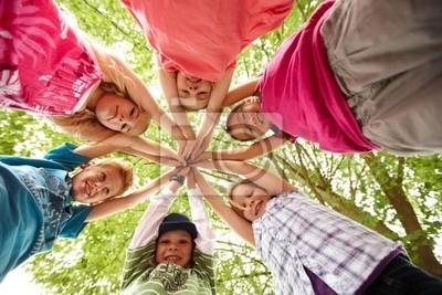 Постер 06.01 Международный день защиты детей