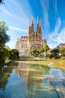 Постер Барселона La Sagrada Familia, Барселона, Испания.Барселона<br>Постер на холсте или бумаге. Любого нужного вам размера. В раме или без. Подвес в комплекте. Трехслойная надежная упаковка. Доставим в любую точку России. Вам осталось только повесить картину на стену!<br>