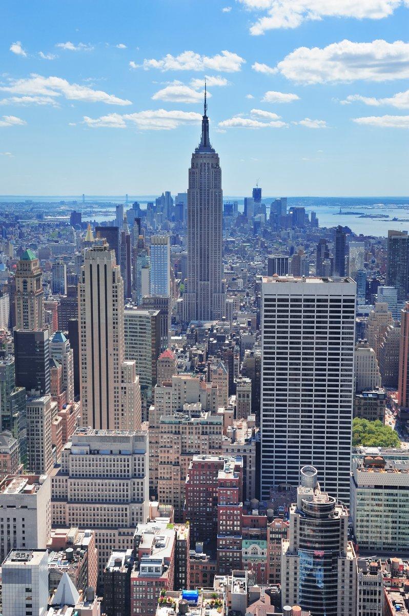 Постер Города и карты Нью-Йоркский Эмпайр-Стейт-Билдинг, 20x30 см, на бумагеНью-Йорк<br>Постер на холсте или бумаге. Любого нужного вам размера. В раме или без. Подвес в комплекте. Трехслойная надежная упаковка. Доставим в любую точку России. Вам осталось только повесить картину на стену!<br>