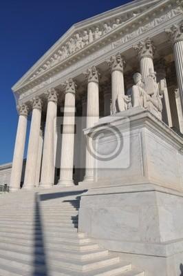 Постер Вашингтон Верховный Суд США в Вашингтоне, округ КолумбияВашингтон<br>Постер на холсте или бумаге. Любого нужного вам размера. В раме или без. Подвес в комплекте. Трехслойная надежная упаковка. Доставим в любую точку России. Вам осталось только повесить картину на стену!<br>