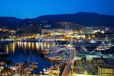 Постер Города и карты Вид на Монако ночью, 30x20 см, на бумагеМонако<br>Постер на холсте или бумаге. Любого нужного вам размера. В раме или без. Подвес в комплекте. Трехслойная надежная упаковка. Доставим в любую точку России. Вам осталось только повесить картину на стену!<br>