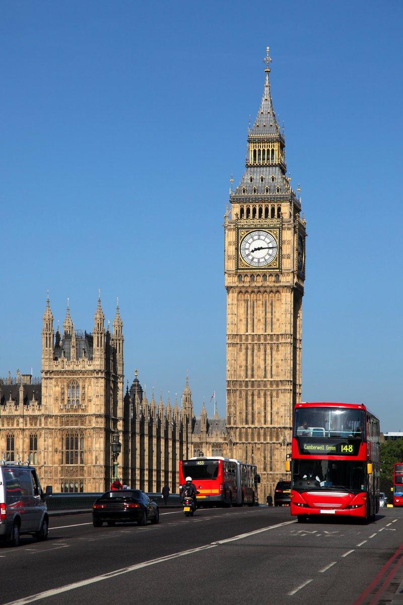 Постер Англия Биг-Бен с городской автобус в Лондон, ВеликобританияАнглия<br>Постер на холсте или бумаге. Любого нужного вам размера. В раме или без. Подвес в комплекте. Трехслойная надежная упаковка. Доставим в любую точку России. Вам осталось только повесить картину на стену!<br>