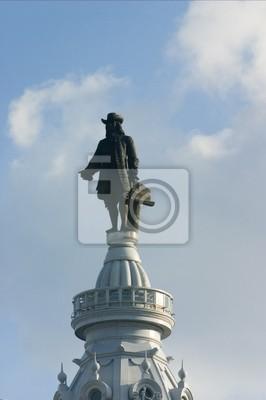 Постер Города и карты Philadelphia City Hall - Статуя Уильям Пенн, 20x30 см, на бумагеФиладельфия<br>Постер на холсте или бумаге. Любого нужного вам размера. В раме или без. Подвес в комплекте. Трехслойная надежная упаковка. Доставим в любую точку России. Вам осталось только повесить картину на стену!<br>